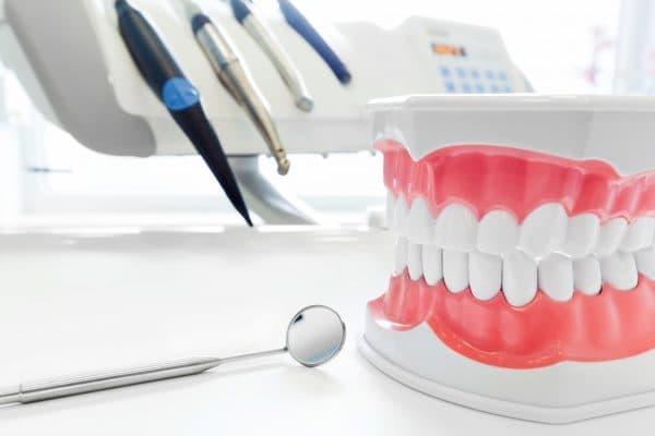 Полис омс что входит в бесплатное обслуживание стоматология  Болезни полости рта